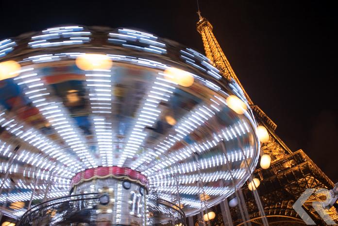 Paris-Eiffel-Tower-Carousel-Rossow
