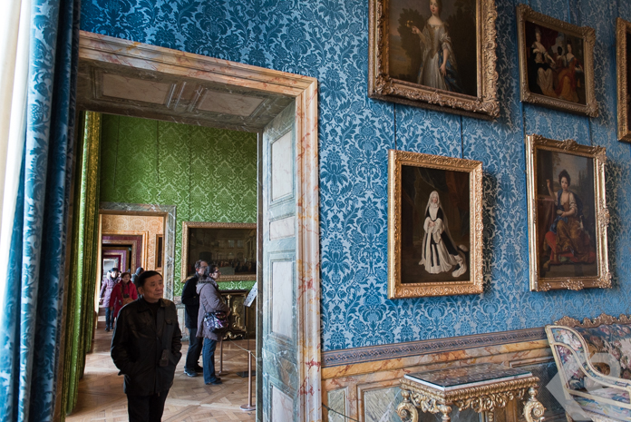 Colorful wallpapered rooms in Versailles